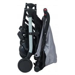 Poussette naissance 4 roues, équipement pour l'accueil des enfants dans les hôtels