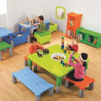 Table et siège caméléon 4 enfants, équipement d'accueil enfant