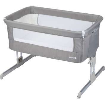 Cot bed, equipment for babies in hotels, restaurants, campings...