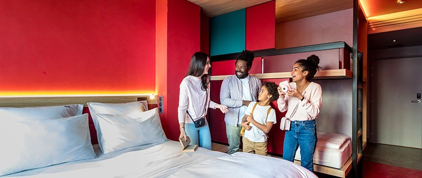 Which type of accommodation should be offered to attract families with children?